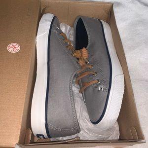 Sperry Womens Sneaker Size 7